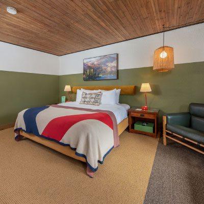 Station House Inn bedroom